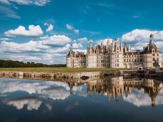 No Vale do Loire, em especial, o que mais encanta os turistas são os castelos